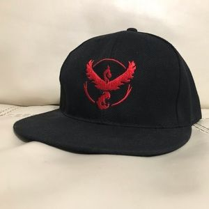 Accessories - POKÉMON TEAM VALOR SNAPBACK HAT